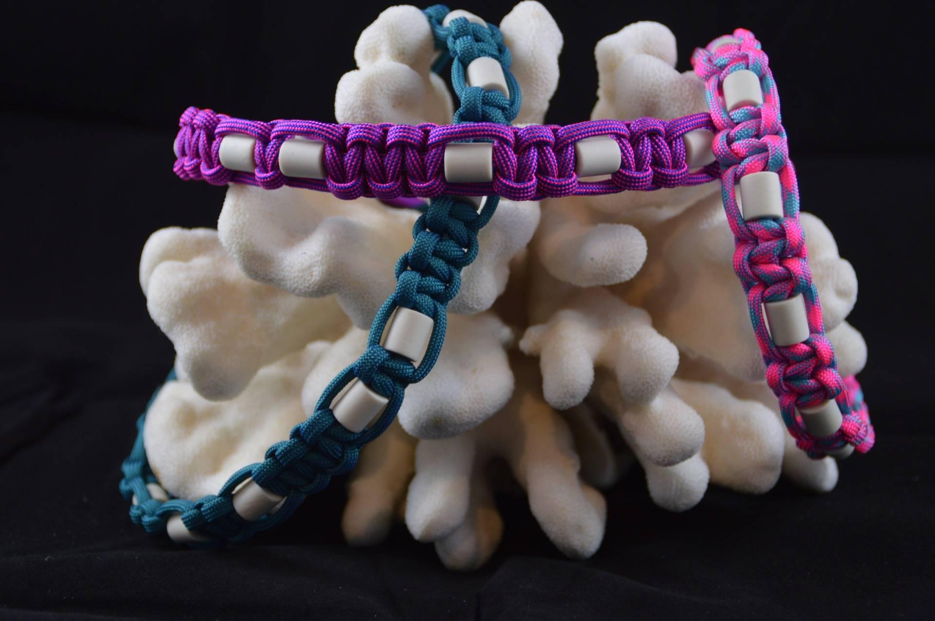 EM-Keramik Halsbänder
